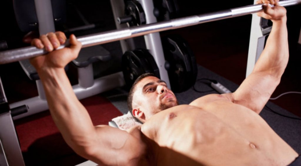 Squat e Bench Press: Battle of Exercises